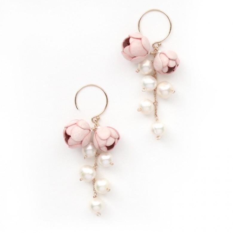 日本Selieu·Fuwari粉色花苞珍珠耳环对装