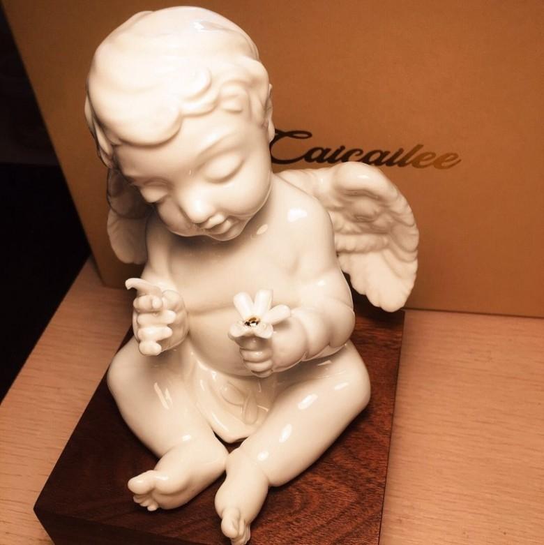 彩彩李·暗恋雏菊瓷艺雕塑配美国黑胡桃木底座