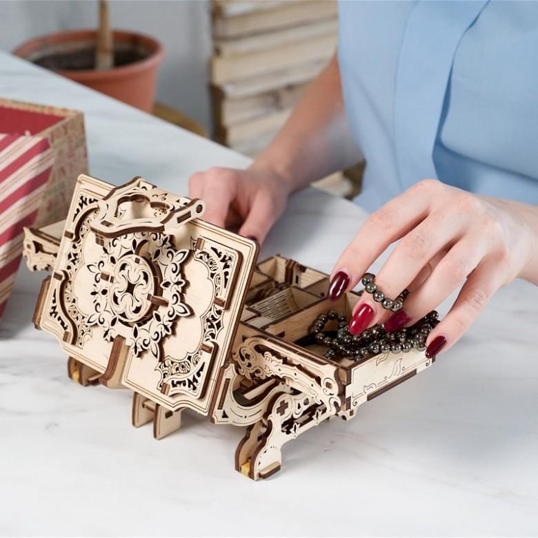 乌克兰ugears·木质机械传动模型古董盒